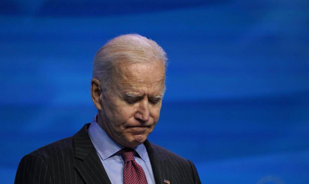 Watch: Biden Worse Than Ever Gets Lost Despite Being Surrounded With 'Help'